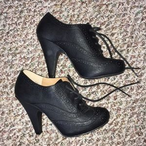 4in Qupid Black Bootie Heels